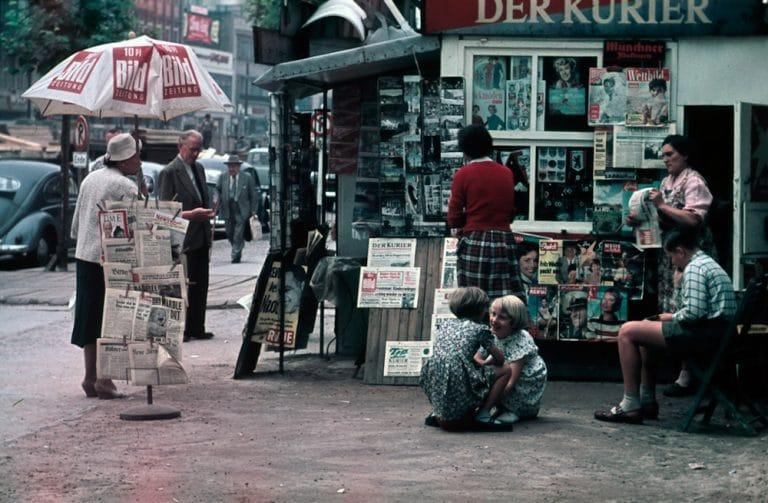 Heinz Vontin 1954 Berlin Kudamm Idylle Ecke Uhlandstrasse