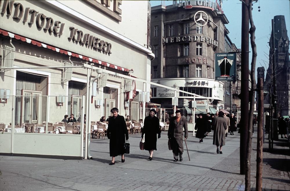 Heinz Vontin 1954 Berlin Kudamm Ecke Joachimstalerstrasse