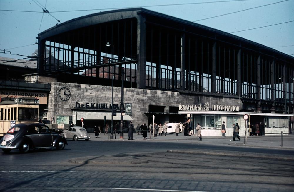 Heinz Vontin 1954 Berlin Bahnhof Zoo